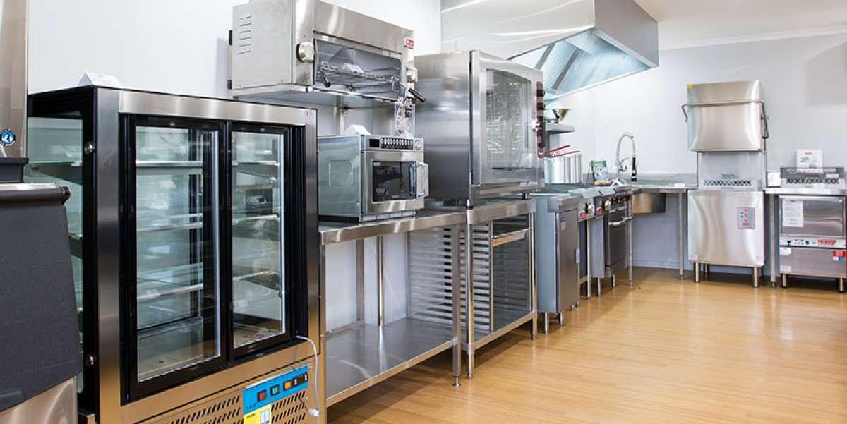 top 10 equipment pieces every restaurant kitchen needs